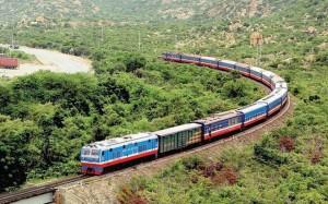 Nóng: Hành khách được đi lại bằng tàu hỏa thông suốt Bắc - Nam từ 13/10