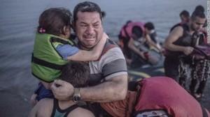 Bức thư cảm động người tị nạn gửi mẹ trước khi chìm xuống biển