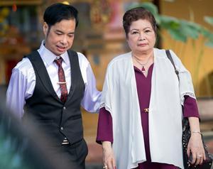 Mẹ Ngọc Sơn tiết lộ chế độ ăn lạ lùng của con trai