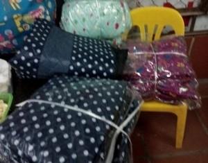 Sự thật về áo 'chăn bông' chống rét kỳ dị của chị em Hà Nội