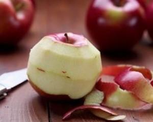 Tại sao quả táo lại bị từ chối trong các bữa tiệc?
