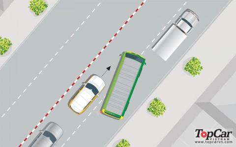 3 mối nguy hiểm rình rập khi ô tô chạy song song với các loại xe khác