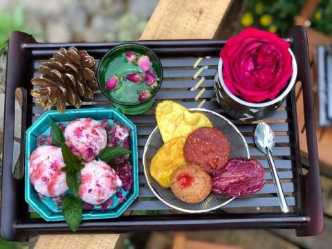 Quán kem hoa độc đáo nằm cạnh cà phê Triệu Đóa Hồng nức tiếng Đà Lạt: Làm thủ công đầy màu sắc, luôn 'cháy hàng' trước khi trời tối