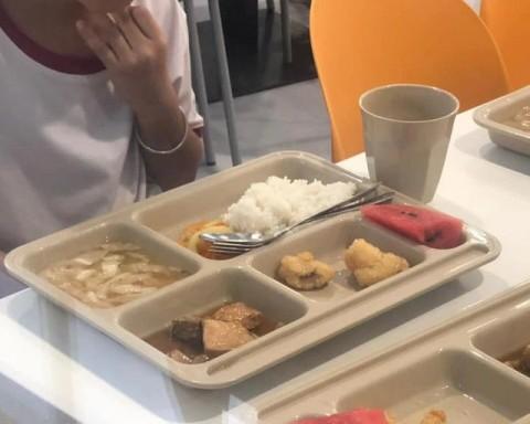 Choáng váng với tiền ăn trong trường 'quốc tế'