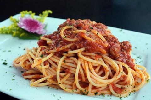 'Học lỏm' công thức làm spaghetti - món ngon ưa thích của giới trẻ Việt Nam