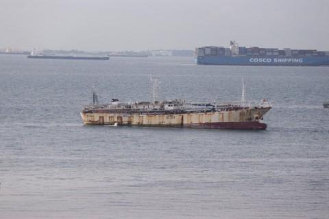 Indonesia chặn bắt tàu cá Trung Quốc, phát hiện th.i th.ể đông lạnh