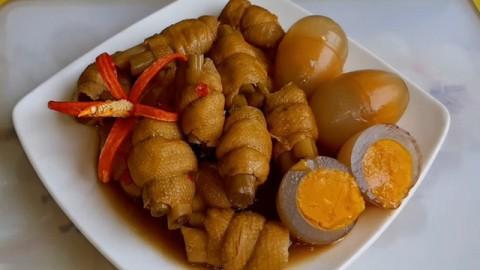 Đừng tưởng ăn chay là nhạt nhẽo, mâm cơm chay ngon thế này đảm bảo cả nhà ăn nhiệt tình