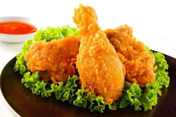 Nếu bạn ăn thức ăn nhanh, nghĩa là bạn đang dung nạp hóa chất độc hại vào cơ thể