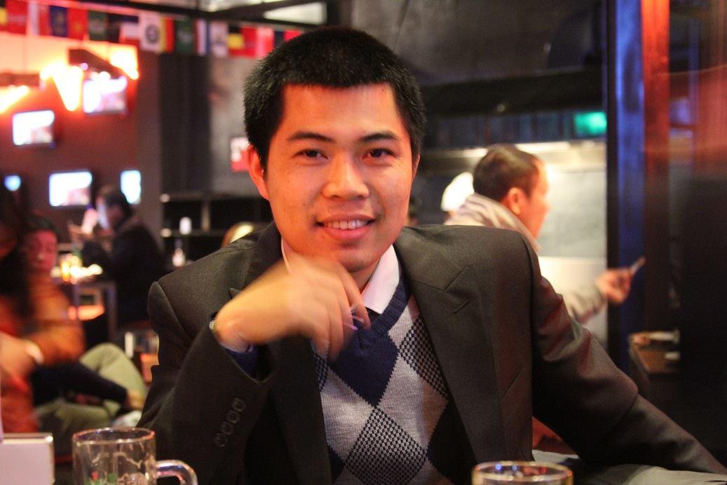Trần Dương Quý - chủ của trang Gốm sứ Bát Tràng online