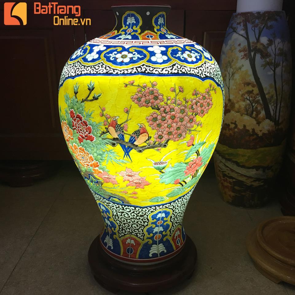 Sản phẩm gốm sứ được anh Trần Dương Quý quảng bá trên trang Facebook.