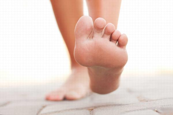 Khi có 4 dấu hiệu này ở bàn chân, có thể bạn đã rơi vào