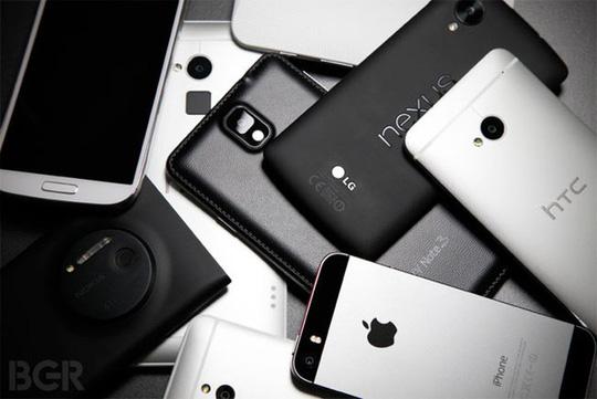 Đâu là chiếc smartphone bị làm giả nhiều nhất năm 2017? - Ảnh 1.