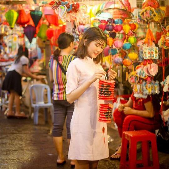 Lạc lối trong khu Chinatown đẹp mê mẩn giữa Sài Gòn - Ảnh 11.
