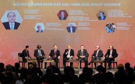 Việt Nam tăng trưởng hàng đầu châu Á - Ảnh 1.