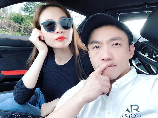 Trong suốt 7 năm ấy, Đàm Thu Trang là người phụ nữ đầu tiên được ngồi ghế phụ đồng hành trên chiếc siêu xe của đại gia phố núi.