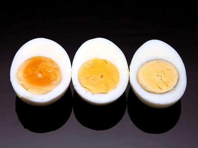 Thời gian luộc trứng tương ứng là 5 phút, 6 phút và 7 phút.