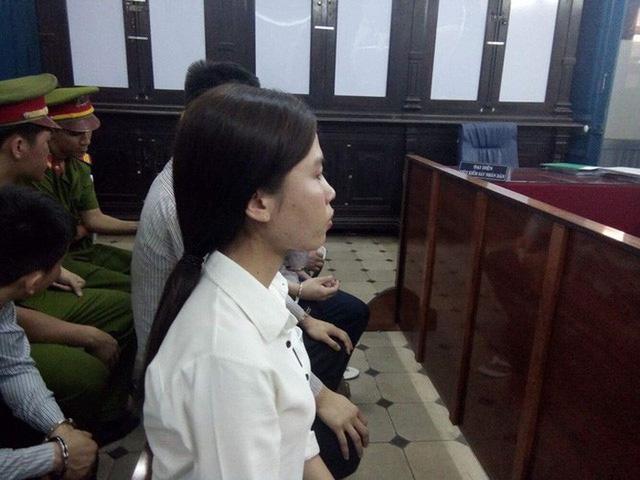 Trần Kim Ngân tại tòa ngày 10/4 - Ảnh: TUYẾT MAI