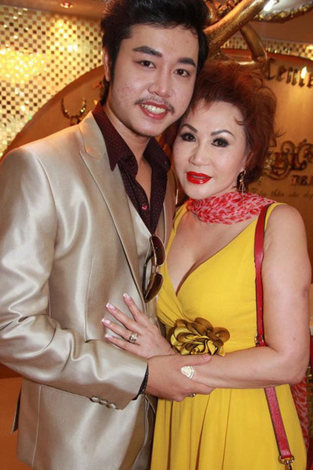 Yvonne Thúy Hoàng chủ động chinh phục và kết thúc tình yêu