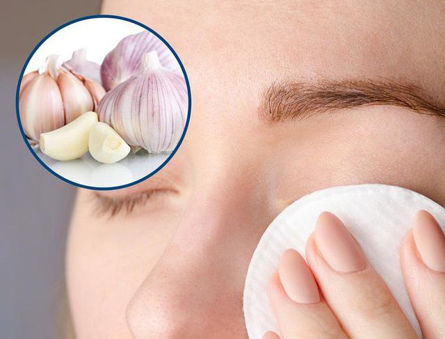 8 phương pháp cực đơn giản mà lại hiệu quả giúp chị em loại bỏ mụn thịt trên da