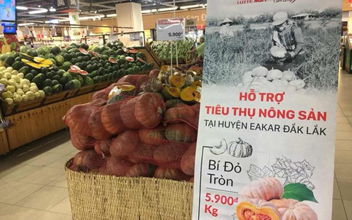 Điểm danh hàng loạt nông sản Việt 'xếp hàng' chờ 'giải cứu'