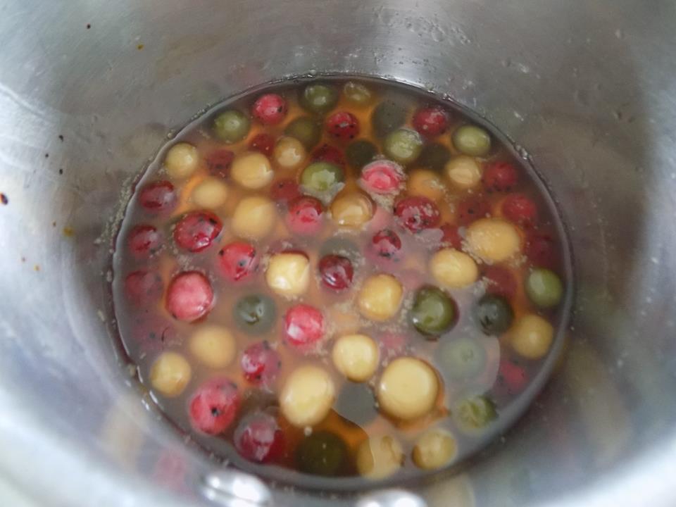 Cách làm sữa chua trân châu trái cây ngon tuyệt cho mùa hè