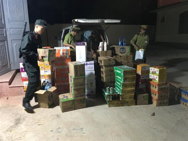 Lạng Sơn: Bắt giữ lô hàng thực phẩm lớn không hóa đơn chứng từ nhập ở Trung Quốc