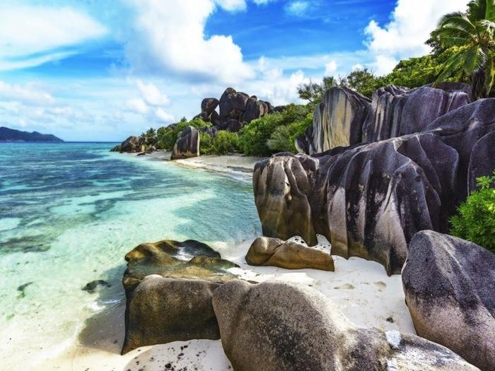 15 bãi biển độc đáo trên thế giới mà ai cũng nên đến một lần trong đời