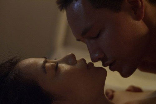 Cảnh nóng giữa Trương Ngọc Ánh và Kim Lý trong phim Hương Ga.