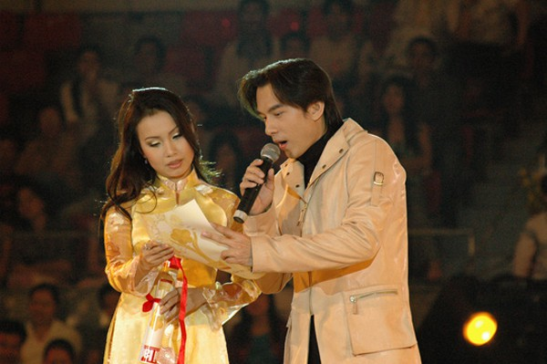 Cẩm Ly và Đan Trường từng gây sốt với những ca khúc nhạc Hoa dễ nghe những năm 2000s