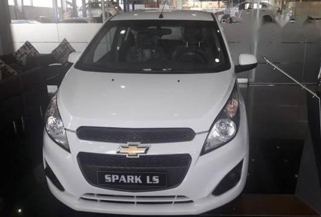 Chevrolet Spark hiện là mẫu ô tô hạng A rẻ nhất thị trường Việt Nam.