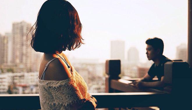 Chàng trai Hà thành nghe lời mẹ chia tay bạn gái vì không biết chặt gà