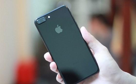 iPhone 2018 chuẩn bị ra mắt, iPhone 7 bất ngờ giảm còn 7 triệu đồng