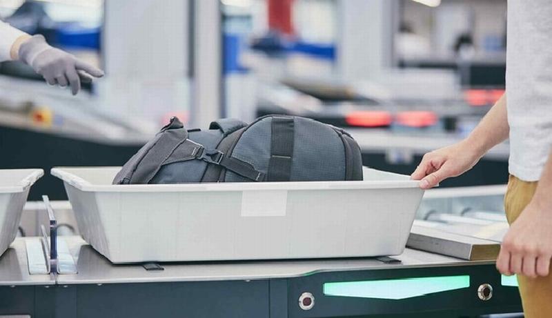 Ai cũng giật mình khi biết được đây là vật dụng siêu bẩn ở sân bay