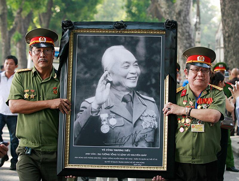 Ảnh: Tròn 5 năm Đại tướng Võ Nguyên Giáp về với đất mẹ