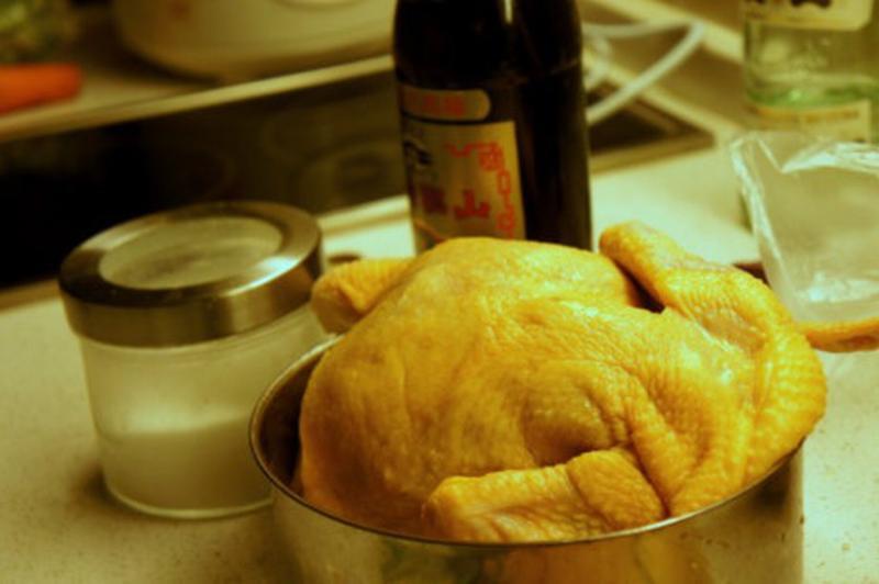 Bí quyết để có món gà luộc mềm ngon lại ngọt thịt