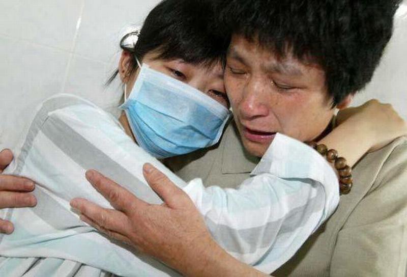 Cô gái 33 tuổi qua đời vì bị ung thư do mắc sai lầm khi chữa táo bón