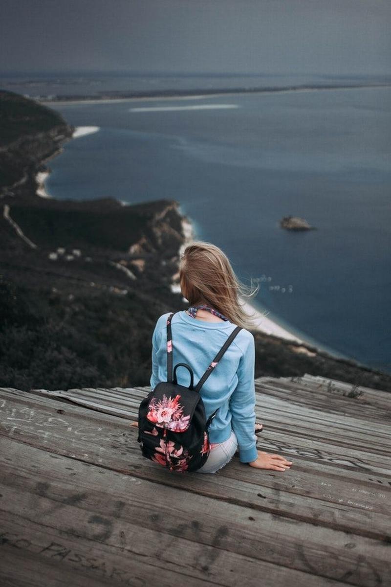 Đôi khi chấp nhận cô đơn và tận hưởng mọi thứ một mình cũng thú vị