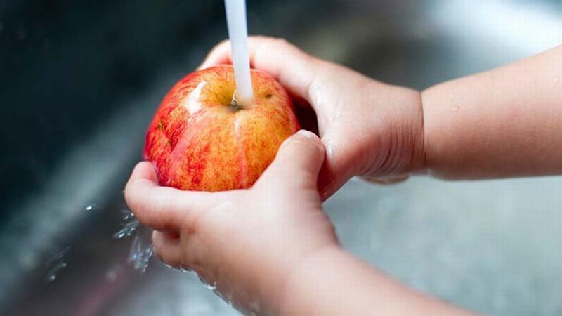 Hai cách rửa táo theo khoa học chuẩn không cần chỉnh