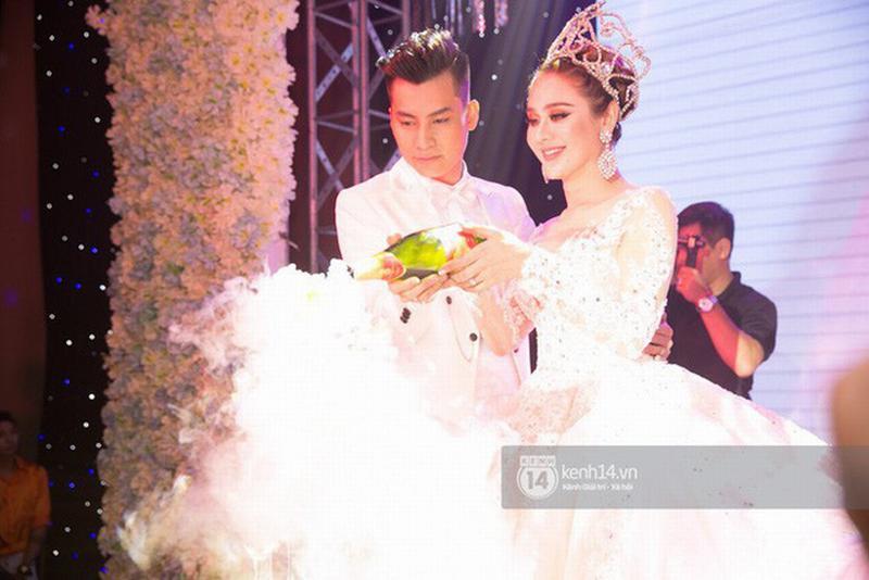 Lâm Khánh Chi chia sẻ về đám cưới bị lỗ mà ai cũng cười: