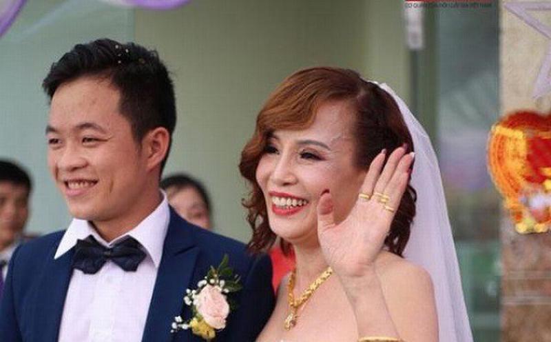Mẹ chồng cô dâu 62 tuổi lấy chồng 26 trải lòng bất ngờ về con dâu