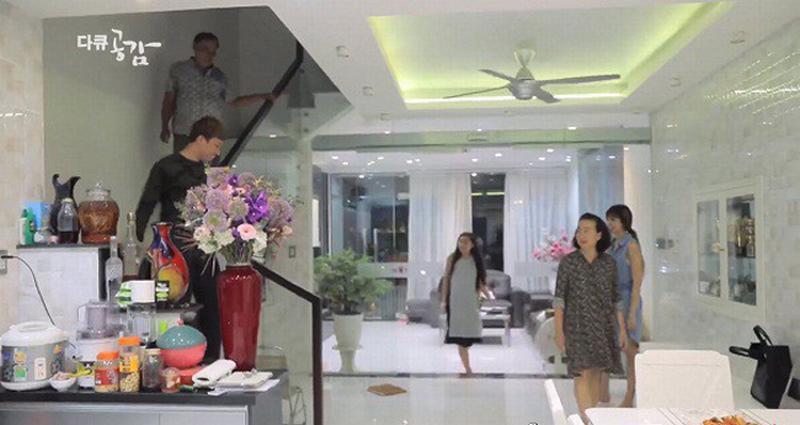 Trường Giang - Trấn Thành đọ gia sản khủng: Ai nhiều tiền hơn?