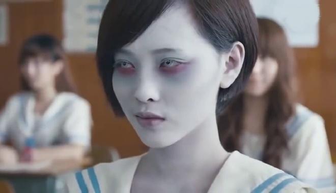 muon-giam-can-ma-khong-phai-an-kieng-tap-luyen-hay-xem-phim-kinh-di