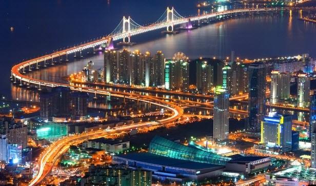 Cầu Gwang-An là cây cầu treo dài nhất Hàn Quốc - một nơi tham quan yêu thích của du khách Việt. Ảnh: T.L