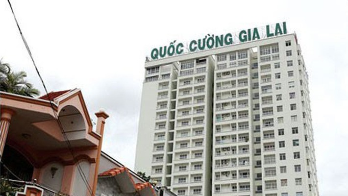 quoc-cuong-gia-lai-lam-con-bi-cuc-khi-van-den-lien-tuc-deo-bam