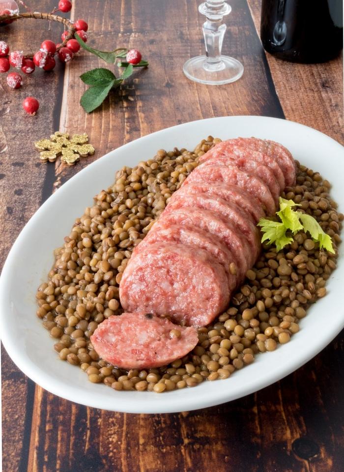 10 món ăn truyền thống không thể thiếu vào dịp Tết trên khắp thế giới