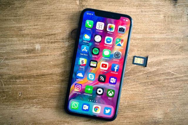 4-smartphone-co-cong-nghe-pin-dot-pha-2018