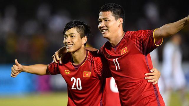 Anh Đức và Văn Đức đã ghi bàn thắng giúp tuyển Việt Nam chiến thắng