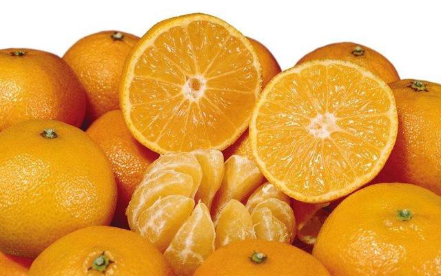Cam là loại quả không chỉ tốt cho sức khỏe mà còn có khả năng cải thiện vẻ đẹp của làn da