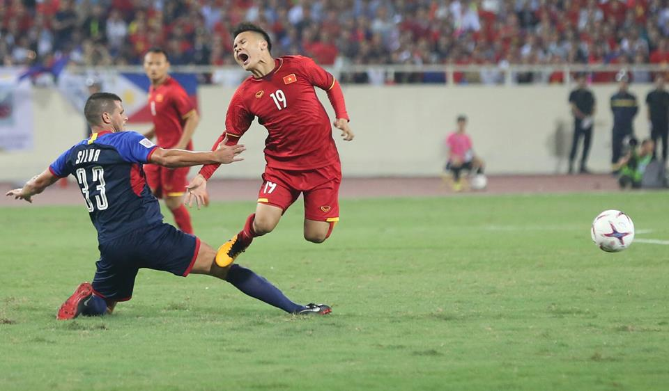 ket qua viet nam vs philippines (2-1): cong phuong nhan doi cach biet hinh anh 15