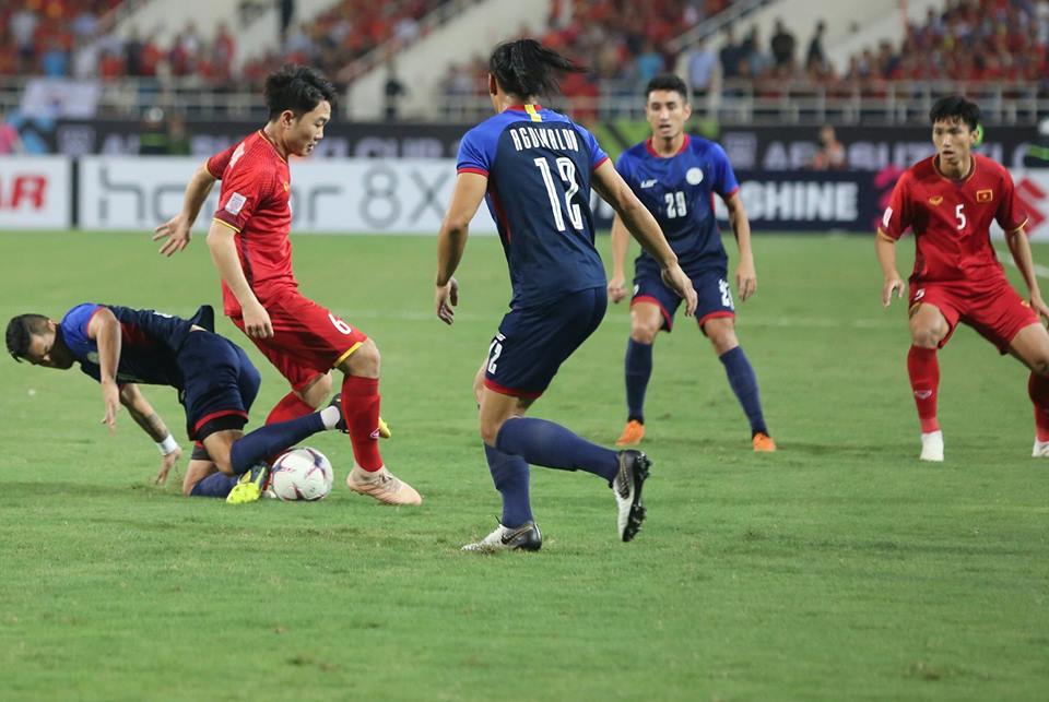 ket qua viet nam vs philippines (2-1): cong phuong nhan doi cach biet hinh anh 17